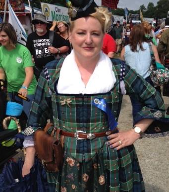 GMHG woman in tartan
